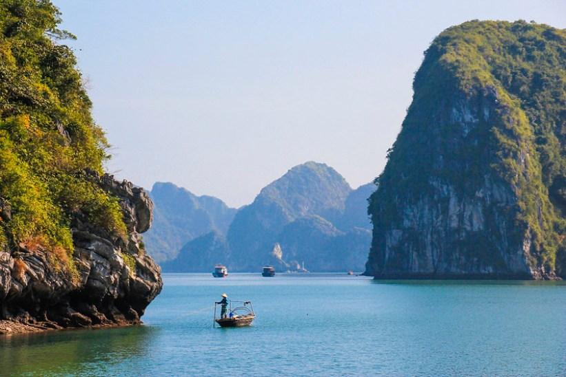 cruise i Halong Bay på budget
