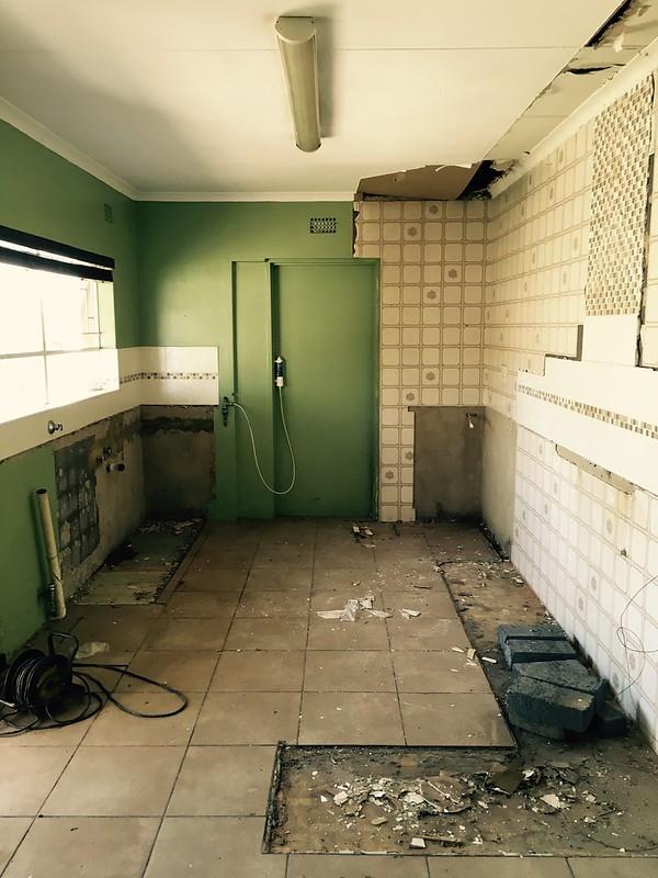 Kitchen renovation: no more kitchen