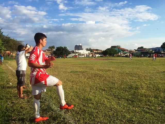 10 fotos de um campeonato que deve acabar por 'morte' de mais um campo de futebol, Campeonato Bosque da Vera Paz