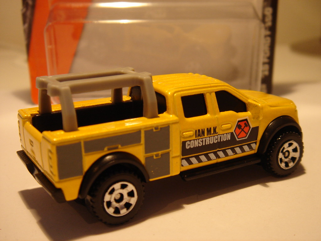 hight resolution of  matchbox 2015 ford f 150 contractor truck no9 ian m k construction 1 64