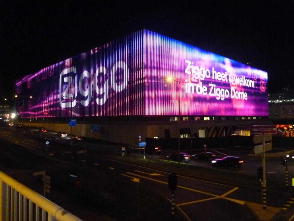 3d World Wallpaper World Outside Of The Ziggo Dome Denasuncioner Flickr