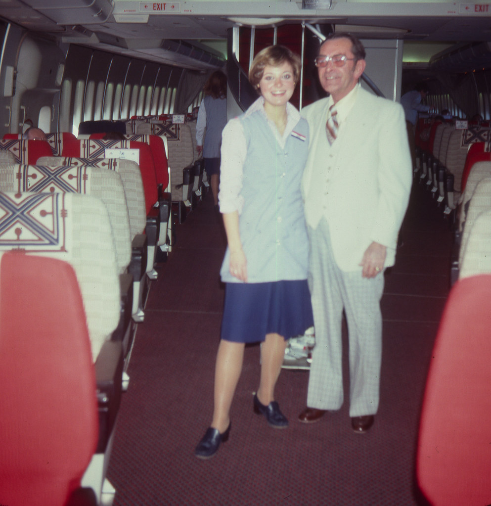 American Airlines First Class 747  1978 First Class cabin