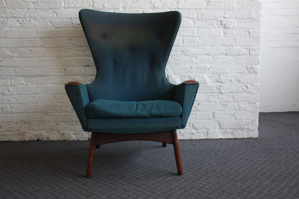 Striking Adrian Pearsall Mid Century Modern Wing Chair 223