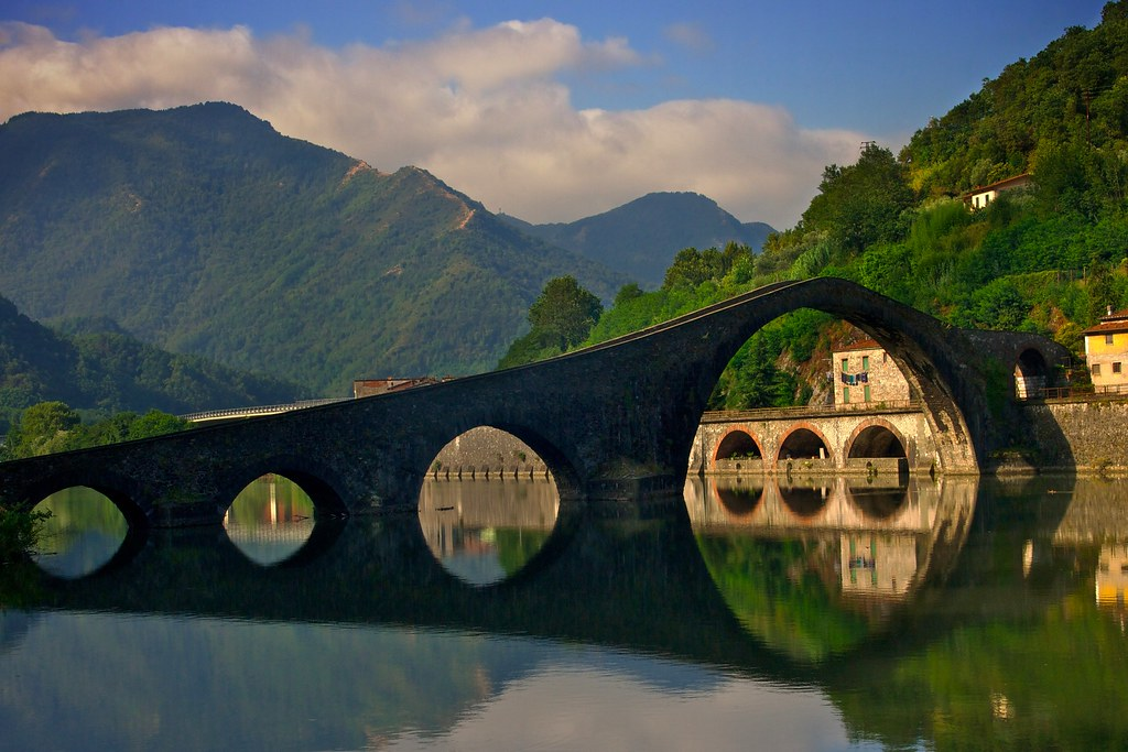 Ponte della Maddalena Tuscany  Getting up a little