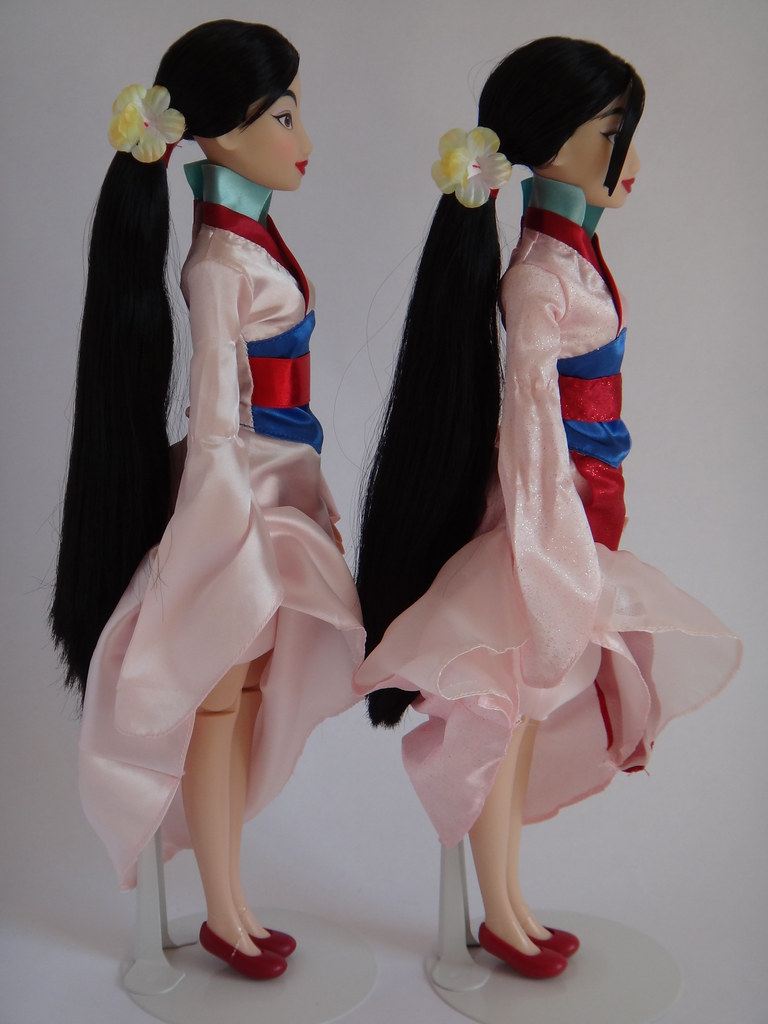 Singing Mulan Dolls 2011 And 2012 Disney Store Models L