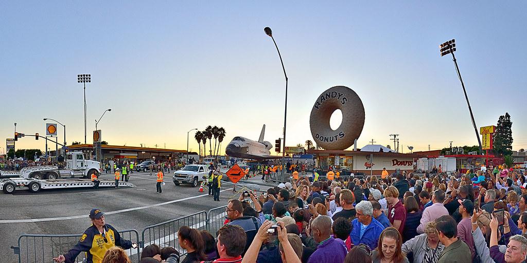 Big Donut Big Endeavour Inglewood Ca 2012 Carnival