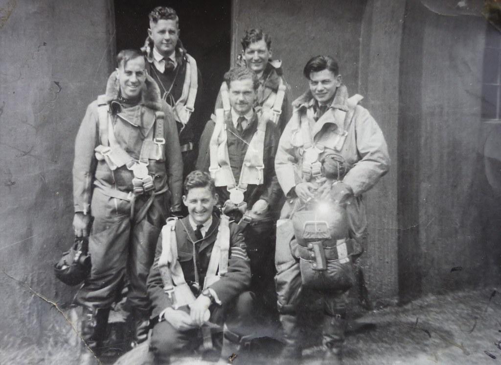 RAF Moreton in Marsh Wellington Bomber Crew  Back_Gray