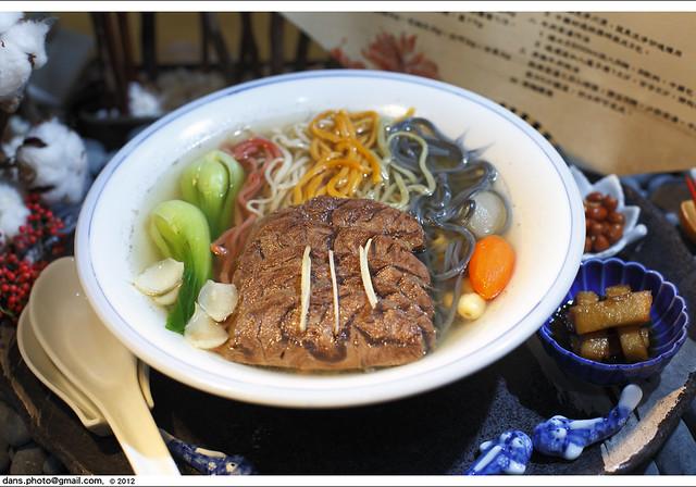 Taipei International Beef Noodle Festival 2012 臺北國際牛肉麵節 | Flickr - Photo Sharing!