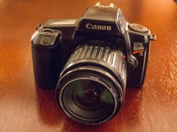 Canon EOS Rebel S