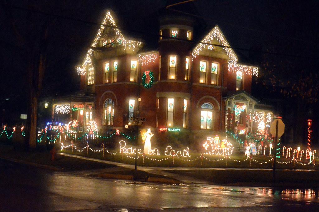 Marshall MIchigan Christmas Lights  Christmas lights on a