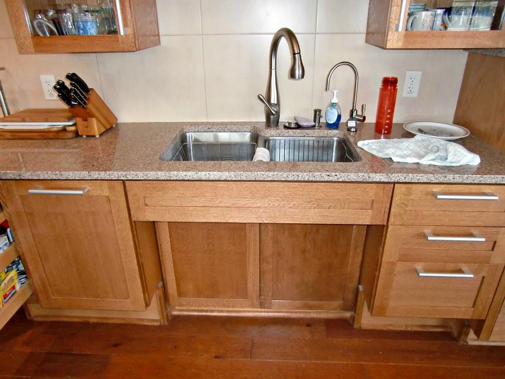 UDLLhandicapaccessiblekitchensink  Kitchen sink with