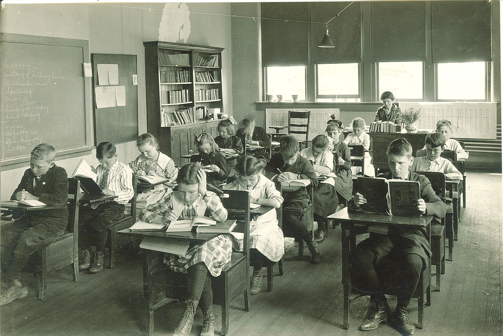 Elementary classroom in Old Dental Building The Universit