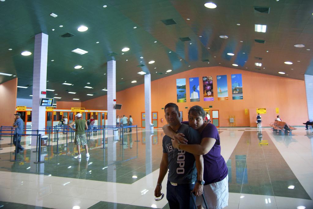 Sala de abordaje del Aeropuerto Internacional Abel Santama