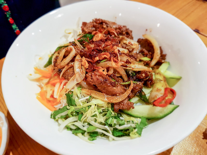 Little Saigon - Lemongrass infused beef with vermicelli noodles - The World in My Pocket