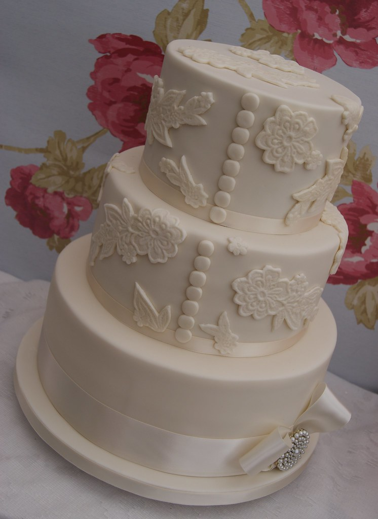 Lace Buttons And Bow Wedding Cake Lace Applique Wedding
