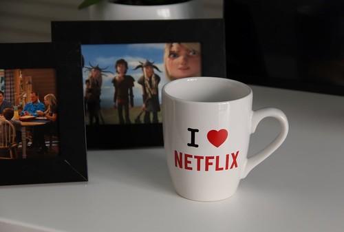 Tremendo café prepara Netflix: la posibilidad de ofrecer su contenido sin internet.