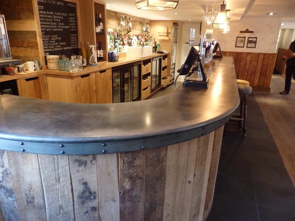 171  Zinc Bar Top The Bonny Inn  OLYMPUS DIGITAL CAMERA