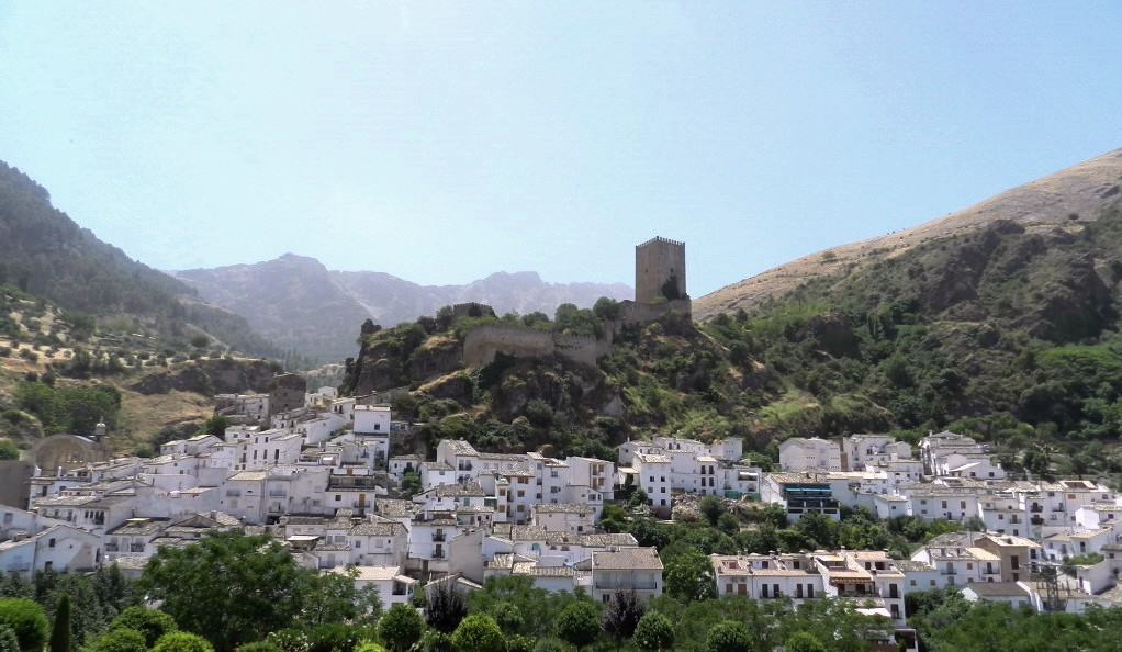 02 vista de Cazorla Castillo de la Yedra Jaen