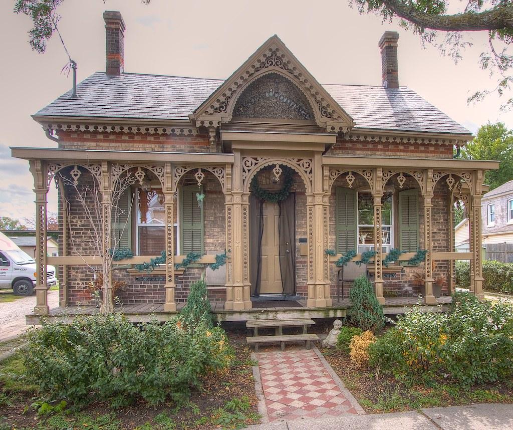 The Crystal Cottage  35 Chatham Street Brantford Ontari