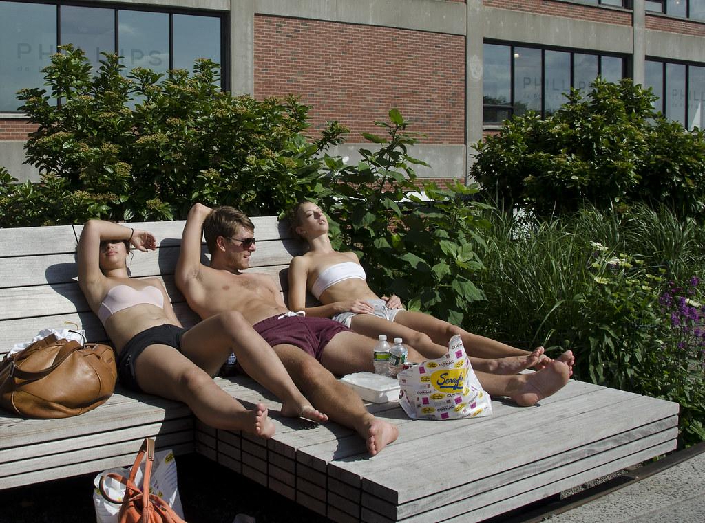 backyard sunbathing privacy