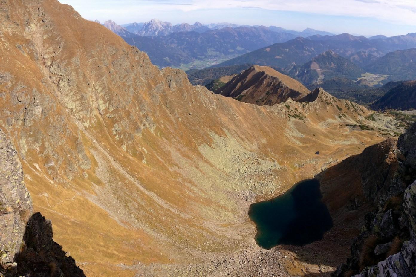 Vysoko nad jezerem Gefrorener See