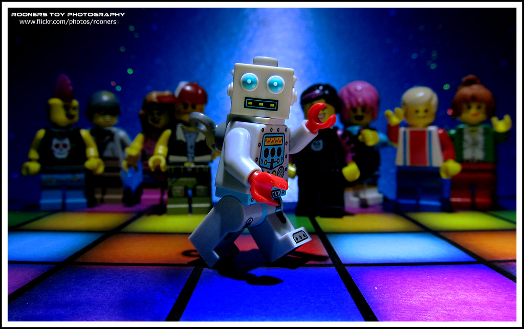 Bobs Disco Dance 36 The Robot  Stand still and start