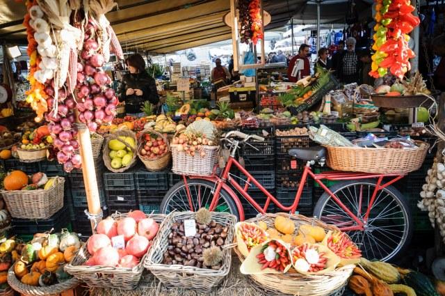 Les produits du marché sont-ils meilleurs que ceux de la grande distribution ?
