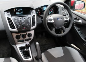 2013 Ford Focus Zetec 16 TDCi | The IP or instrument