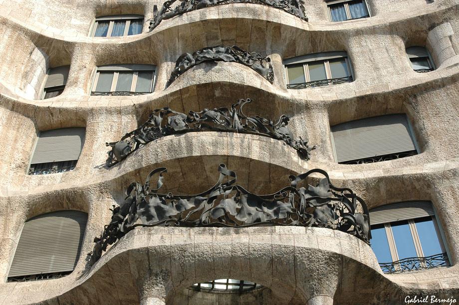 Balcones en La Pedrera  Barcelona  La Casa Mil llamada p  Flickr