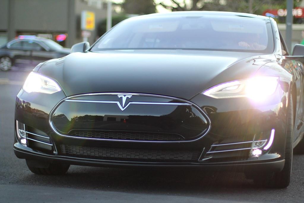Tesla Model S Fog Lights The Fog Lights On The Tesla S