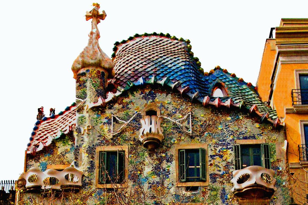 Gaudi Casa Batll  Casa Batll Catalan pronunciation k  Flickr