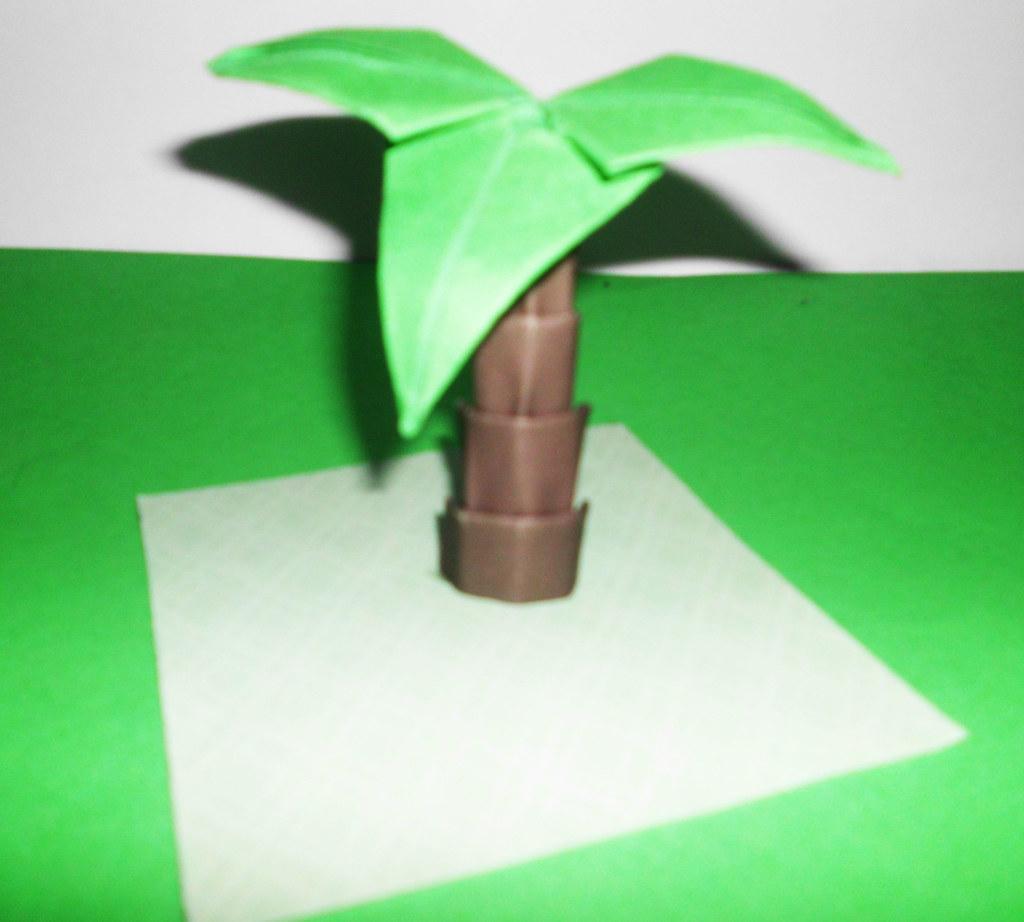 Foldable Tree 1 Origami Palm Tree  Definition Fold 1
