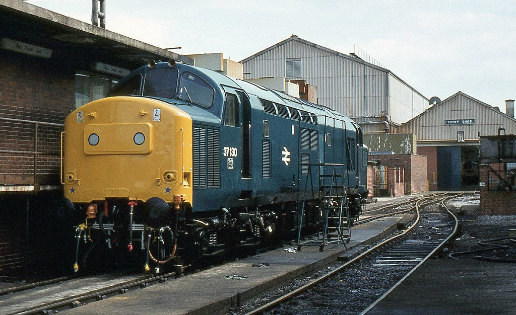 Br Class 37 37130 Crewe Works  Br Class 37 37130 With New