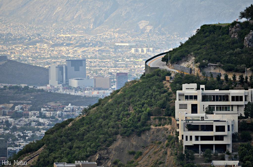 Vistas desde Chipinque  Monterrey desde la Sierra Madre