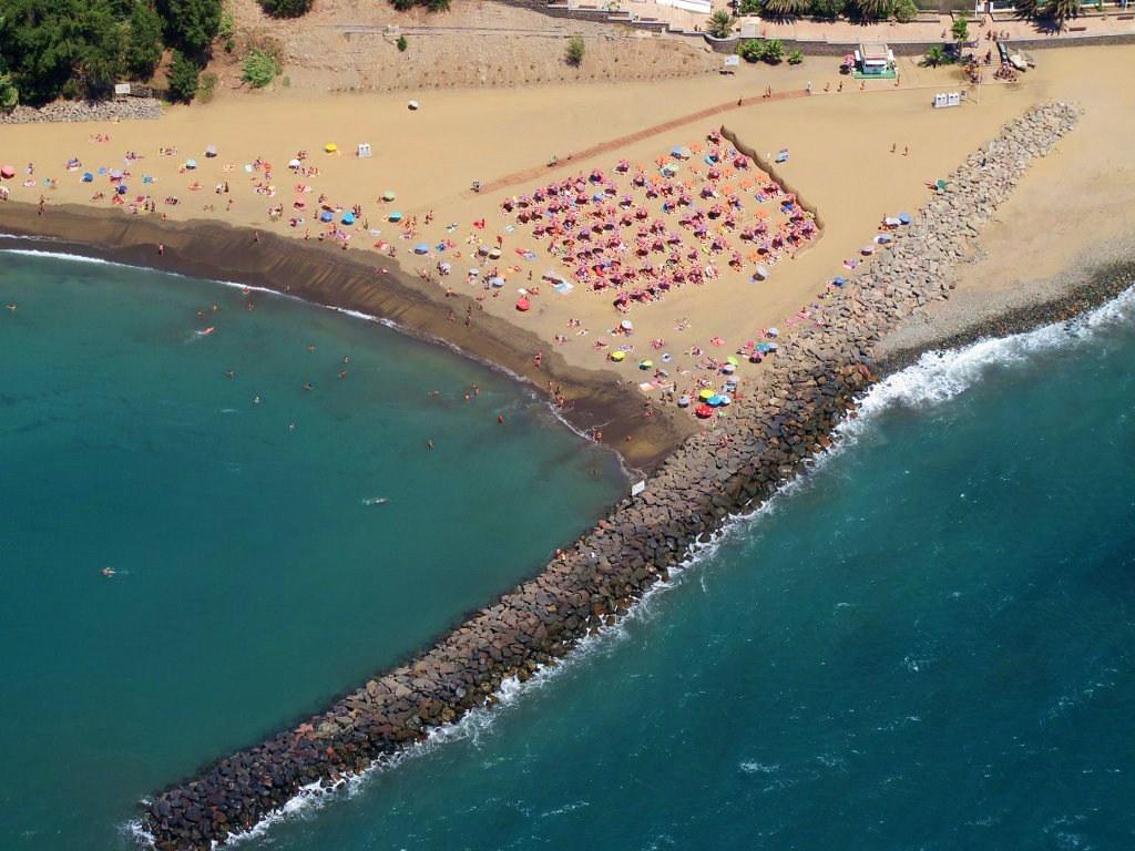 Foto Area de la Playa de Las Burras en San AgustnLa Co