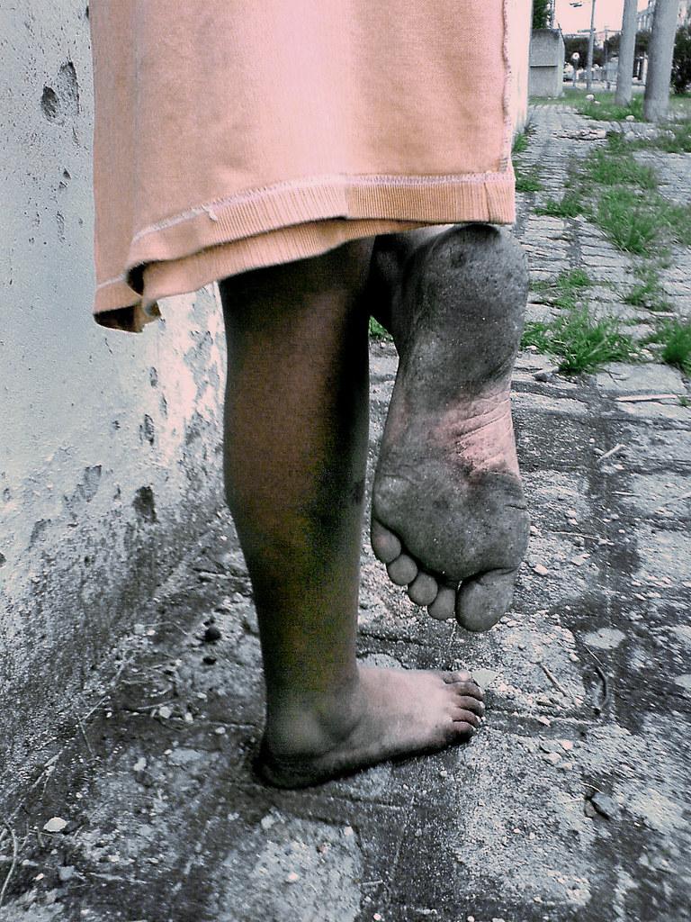 girl living barefoot never wearing shoes  tom franko  Flickr