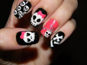 killer skull nail art design