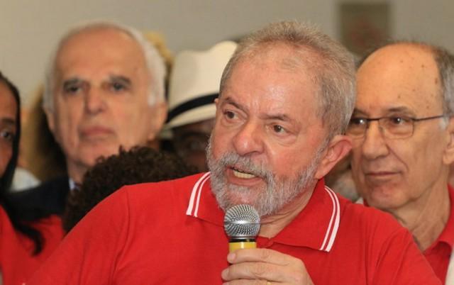 Para Lula, Teori 'honrou a magistratura em todos os cargos que ocupou', Lula