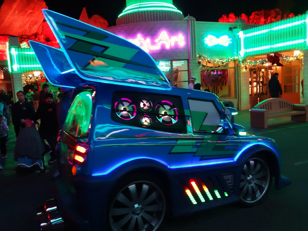 3d Car Wallpaper For Mobile Decked Out Dj Car At Disney S Cars Land Javier Aldana