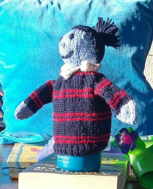 Knitted puppet