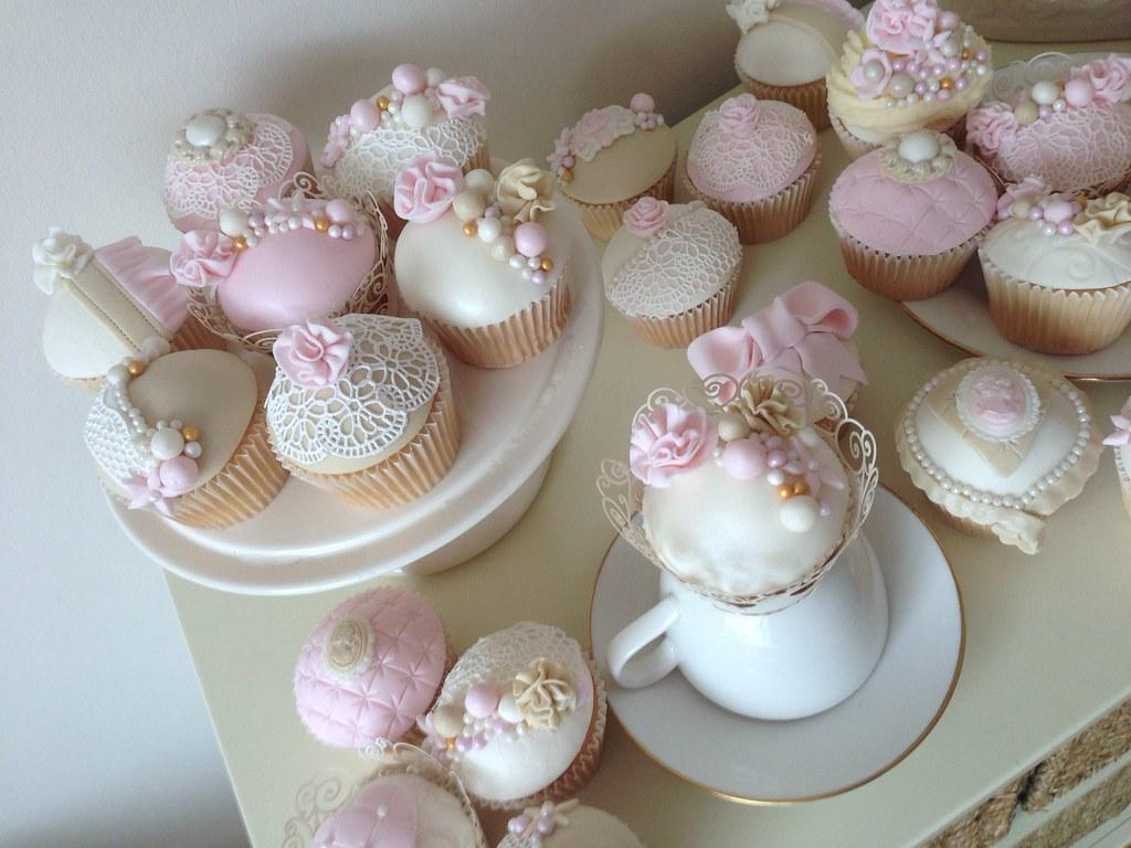 Vintage Cupcakes Vintage Cupcakes In Delicate Pinks