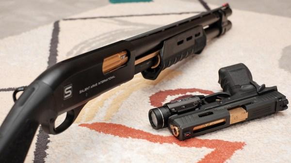 Cam870 Powered Shotgun - Airsoft Canada