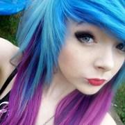 #emo #girl #pretty #blue #pink