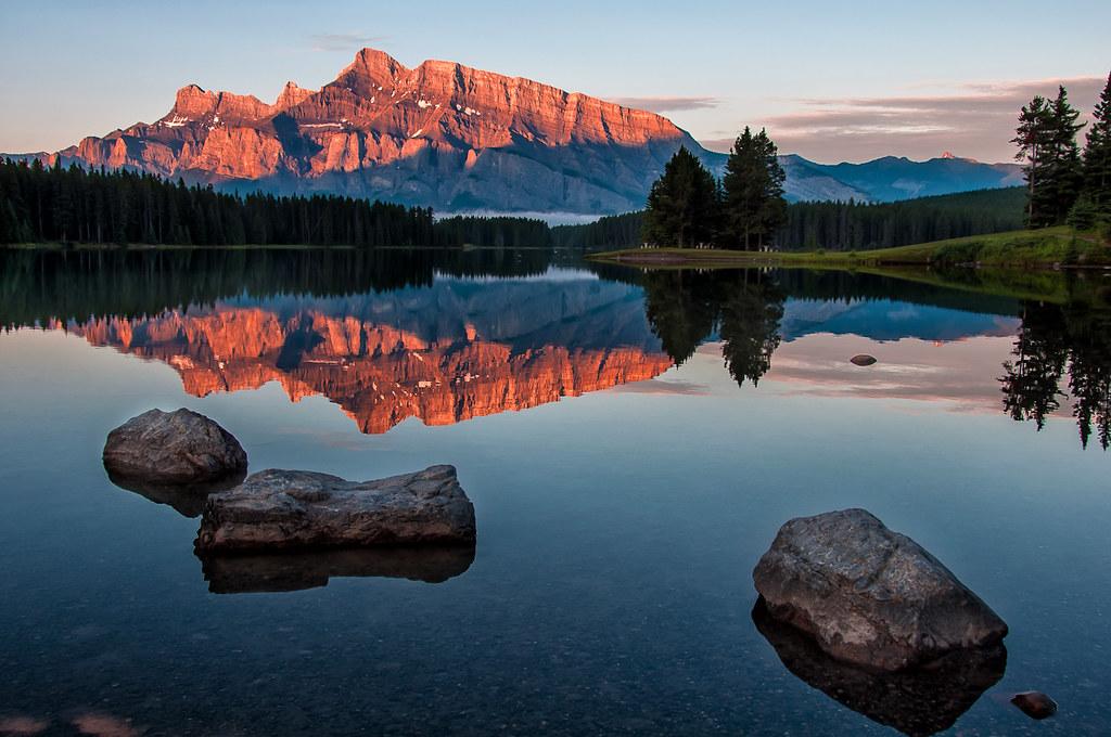 Fall Wallpaper For Desktop Free Lake Minnewanka Sunrise Follow Me On Twitter Like On