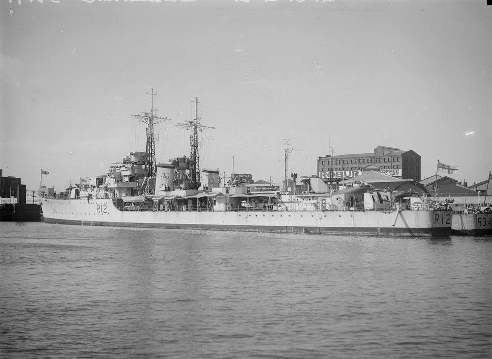 July 1115 1947 HMS CONTEST and HMS COCKADE at No 1 South