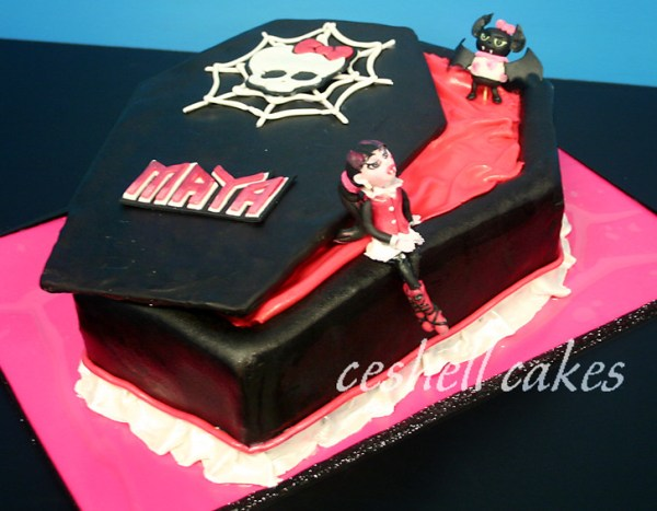 Monster High Draculaura Coffin Cake The idea was from