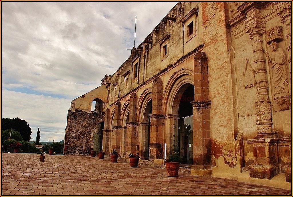 Ex Convento San Agustn Siglo XVI Yuriria Estado de Guan  Flickr