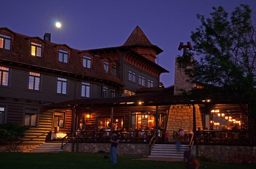 Grand Canyon Nat Park El Tovar Hotel in Moonlight 9463