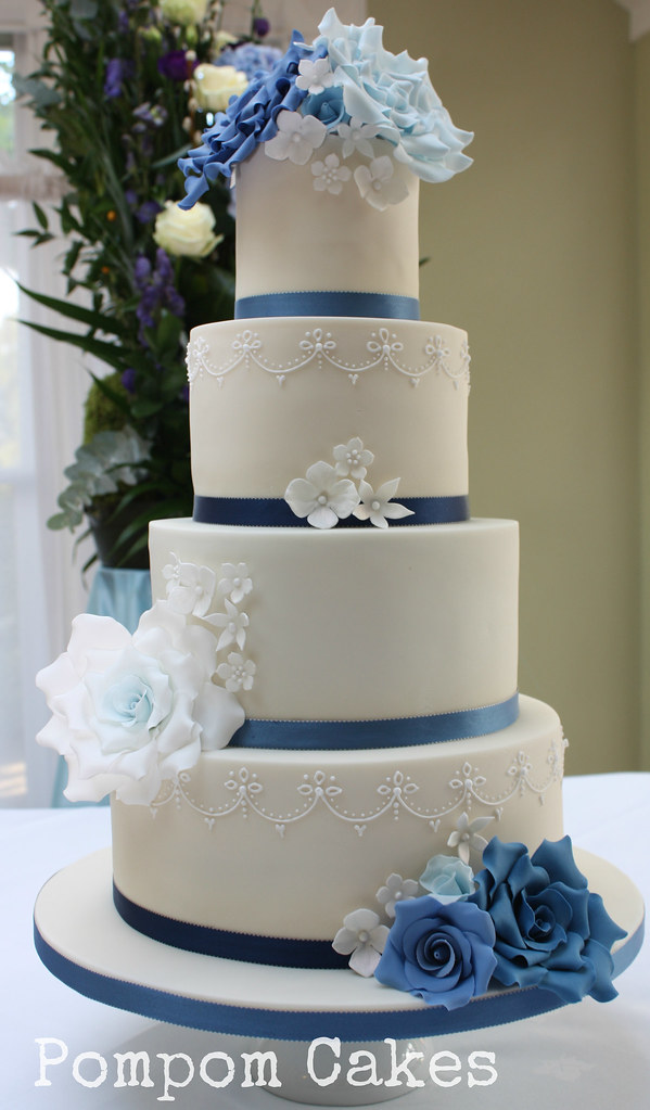 Wedding Cake With Blue Roses The Bride Chose A Variety
