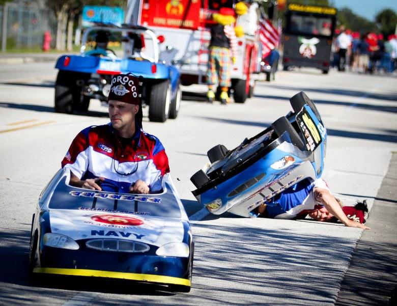 Shriner Parade Crash | Erick Lown car (#40) takes a turn to … | Flickr